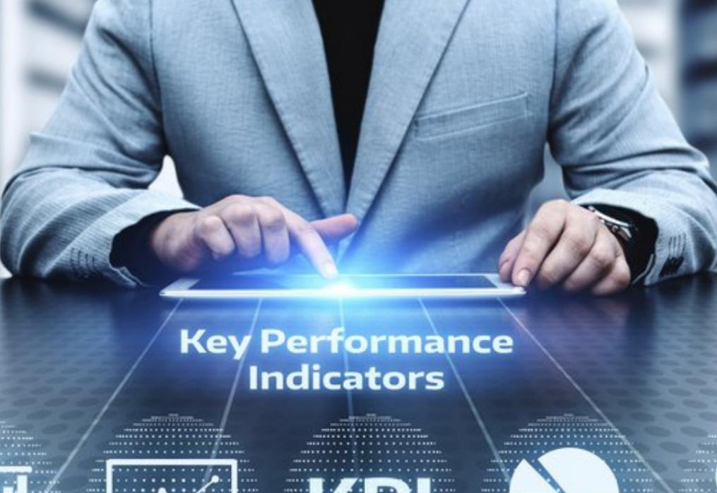 Чим компанії з KPI відрізняються від компаній без KPI?